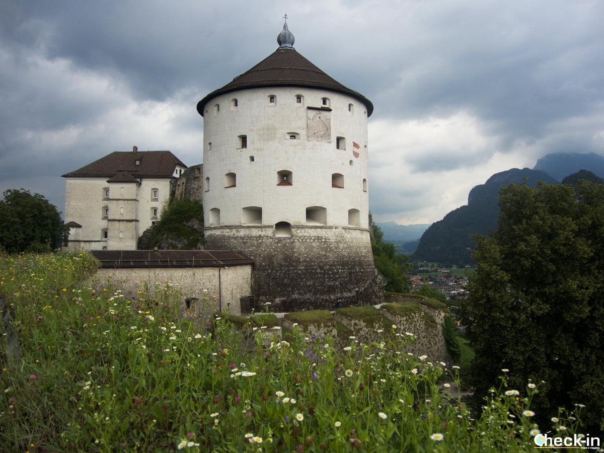 Scorcio della Kaiserturm della Festung Kufstein