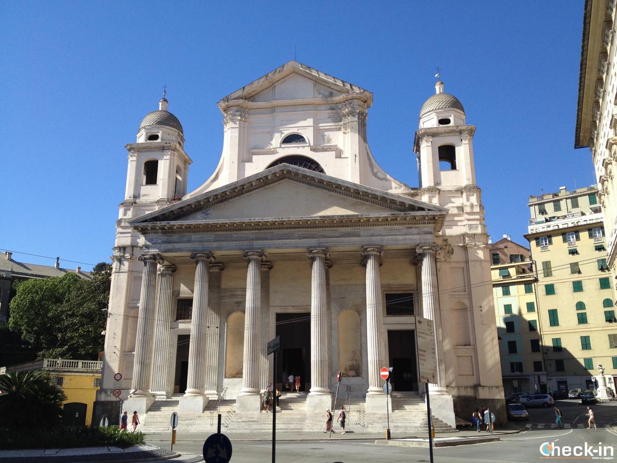 Cosa vedere nel centro storico di Genova: Piazza della Nunziata