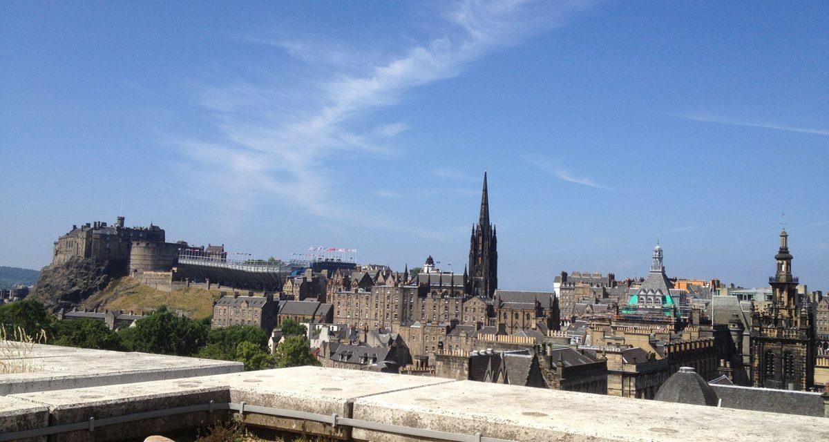Le colline di Edimburgo (e non solo), i migliori punti panoramici per vedere paesaggi da sogno nel cuore della capitale scozzese