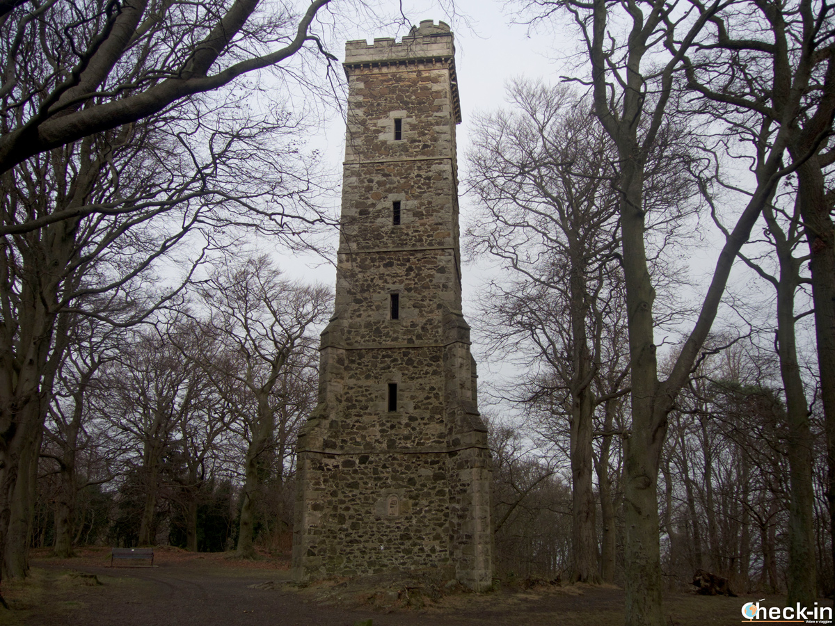 La Scott Tower sulla Corstorphine Hill di Edimburgo