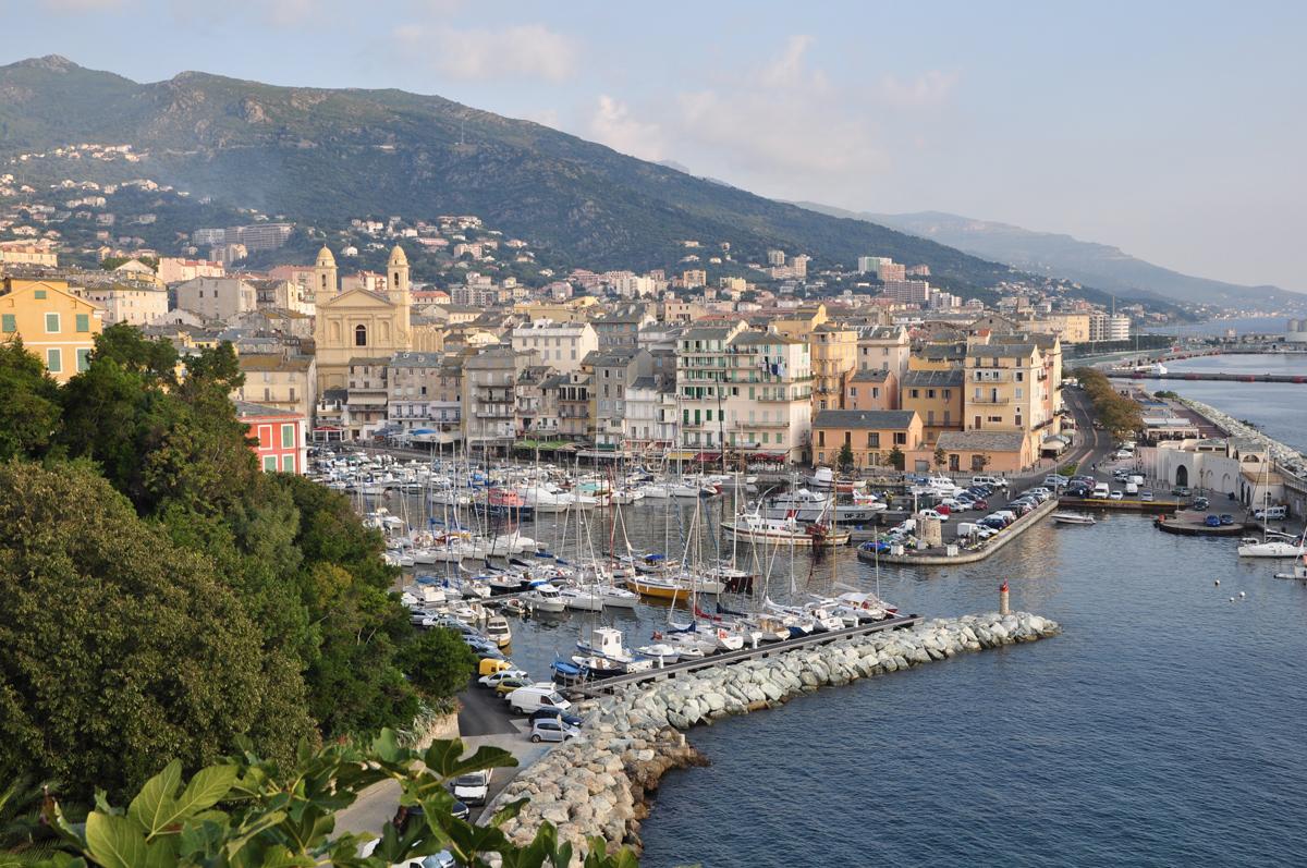 La vacanza in Corsica inizia a Bastia