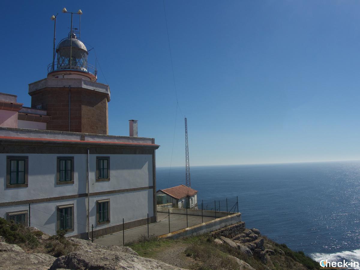 El fin del mundo: il Faro di Finisterre e l'Oceano Atlantico