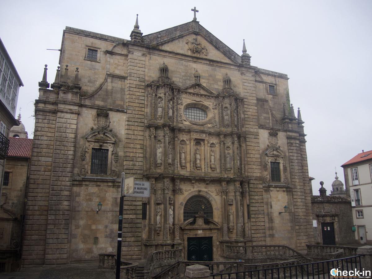 Cosa vedere nel centro storico di Santiago di Compostela: La Chiesa di San Martiño Pinario