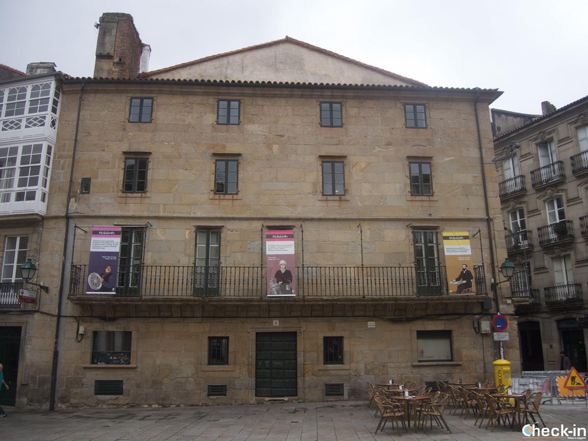 Cosa vedere nel centro storico di Santiago di Compostela: Praza Cervantes ed i suoi Palazzi