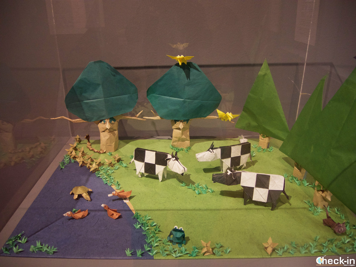 Opera in origami esposta all'Emoz di Saragozza