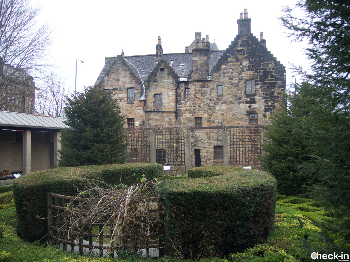 The Provand's Lordship and St Nicholas garden