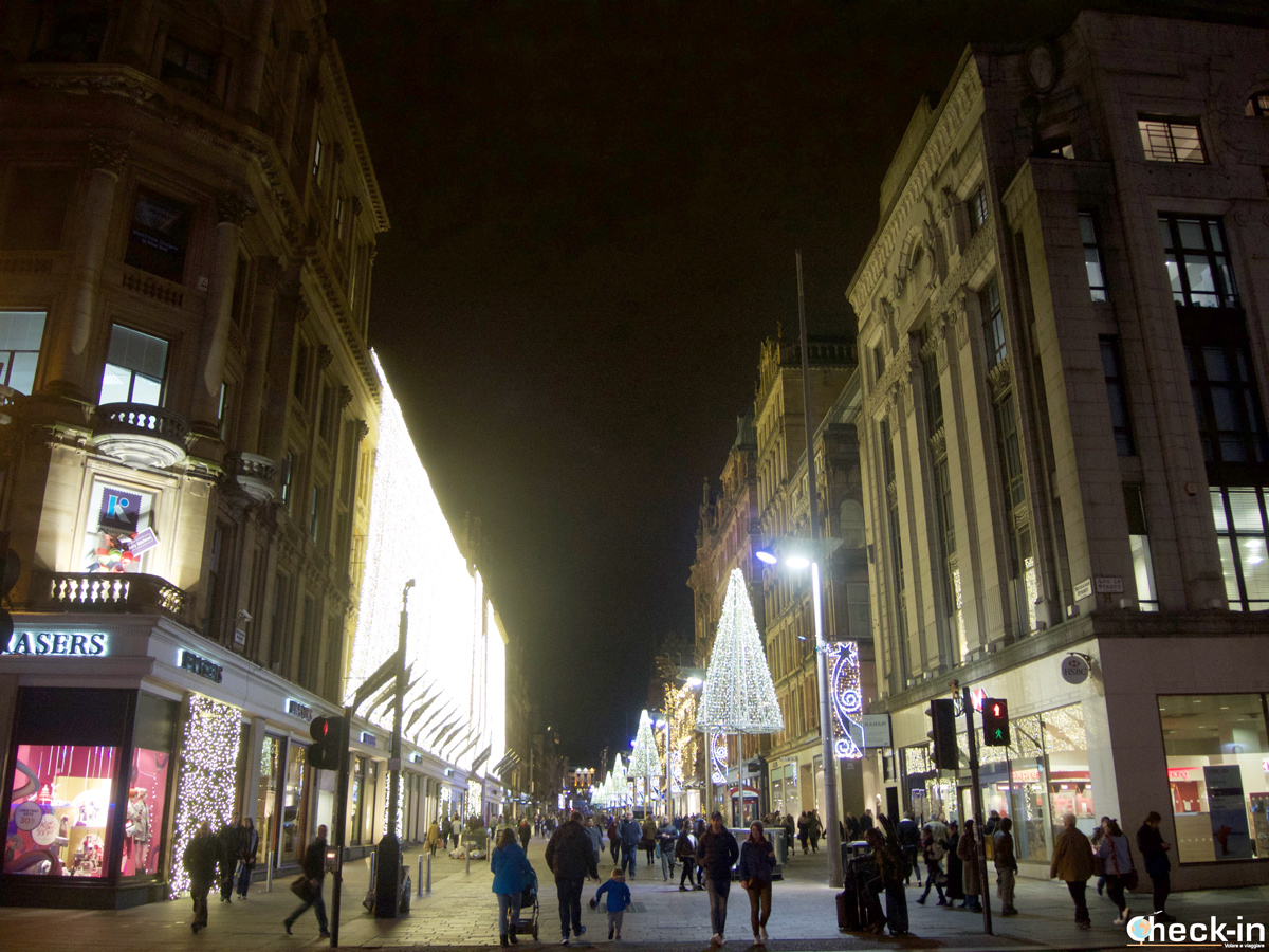 Things to do in Glasgow: shopping in Buchanan Street