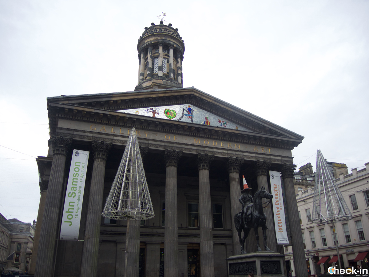 La Gallery of Modern Art di Glasgow