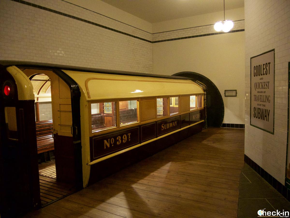 Riproduzione della metropolitana di Glasgow nel Riverside Museum