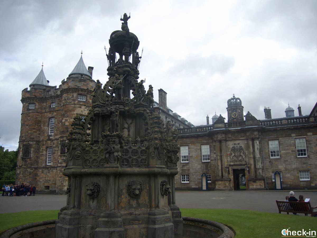 Visita del Palazzo di Holyrood ad Edimburgo