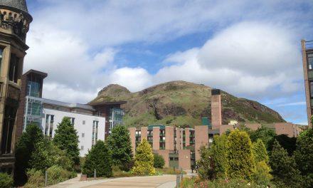 Edimburgo, i 6 hotel, ostelli, appartamenti e B&B economici nel centro della capitale scozzese provati per voi