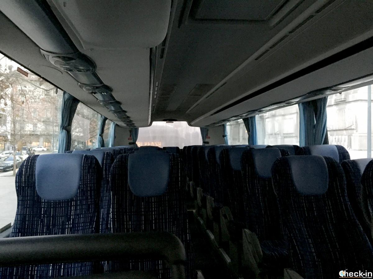 A bordo del bus Terravision diretto da Milano Centrale all'aeroporto di Malpensa