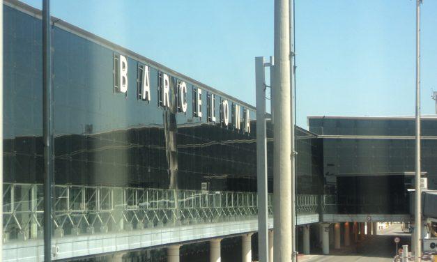 """Barcellona, muoversi in città coi mezzi pubblici utilizzando la """"Hola Bcn card"""""""