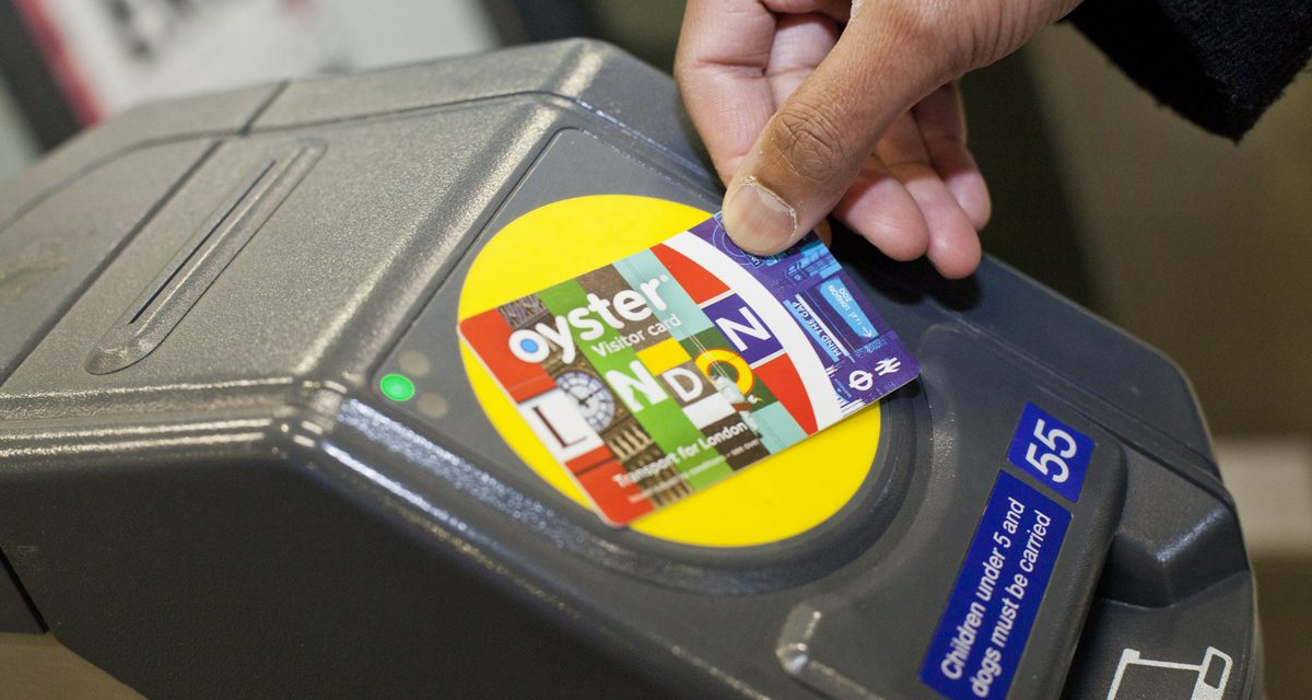 Londra low cost coi mezzi pubblici: Oyster Card o London Travelcard?