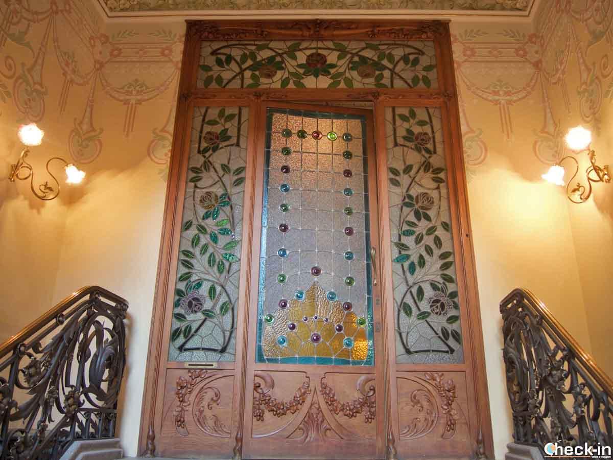 Ingresso di Can Font a Lloret de Mar con decorazioni moderniste