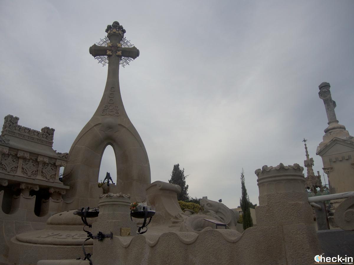 Tombe monumentali del Cementerio modernista di Lloret de Mar