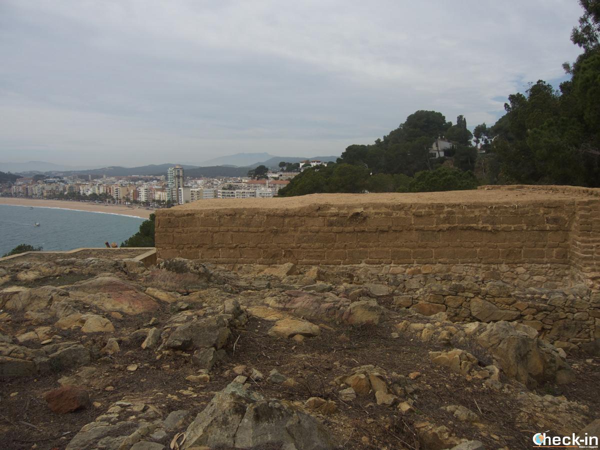 Turó Rodó con vista di Lloret de Mar all'orizzonte