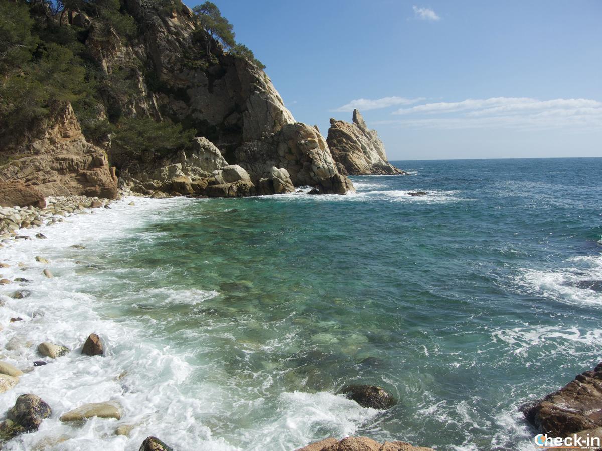 Cala S'Agulla en Blanes, Costa Brava (España)
