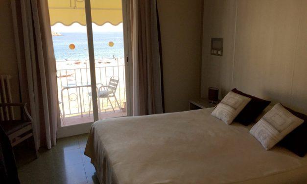 Hotel Ristorante Capri, soggiorno vista mare a pochi passi dalla città medievale di Tossa de Mar