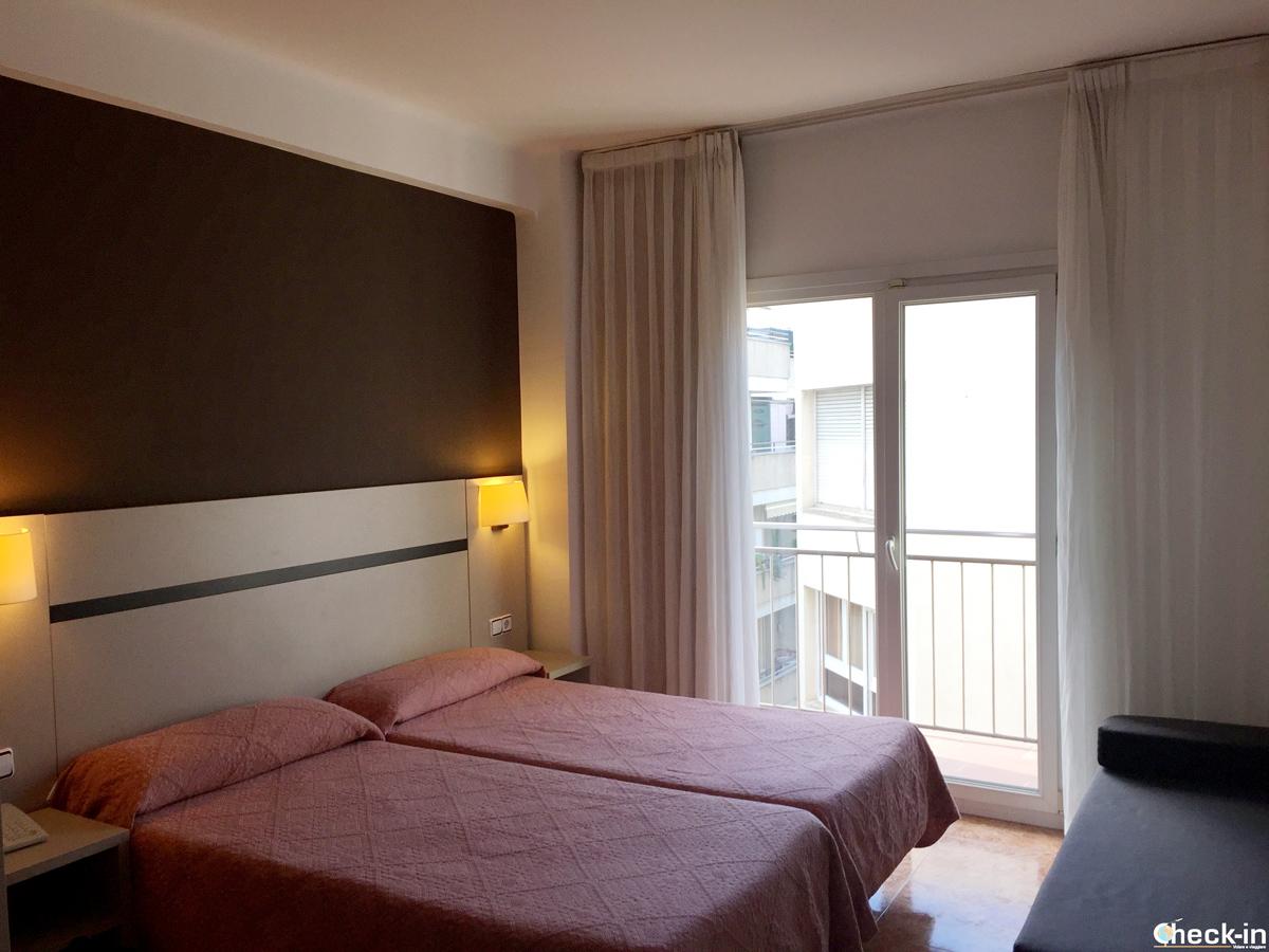 Camera da letto all'Hotel Costa Brava di Blanes, Spagna