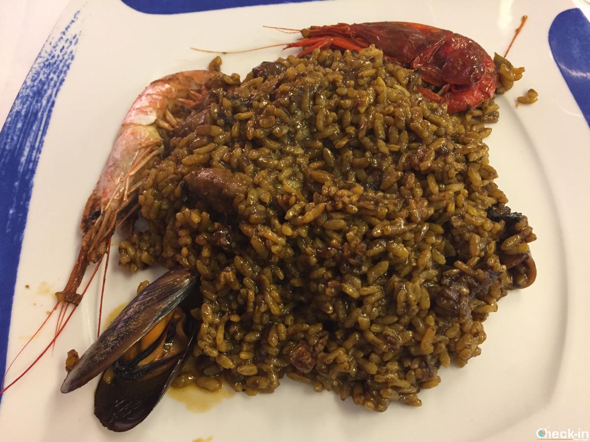Paella para comer al Restaurante Can Bolet en pleno centro de Lloret de Mar