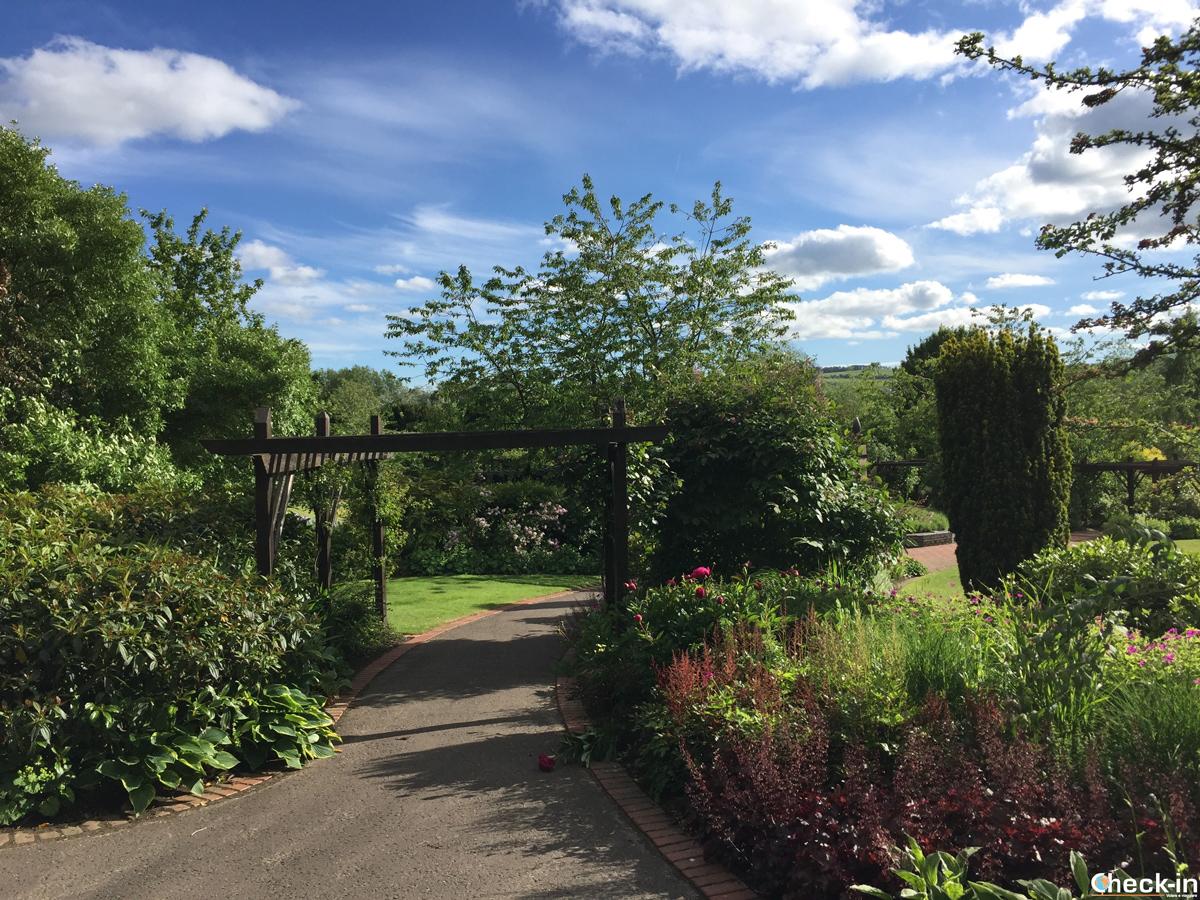 I Rodney Gardens di Perth, affacciati sul fiume Tay