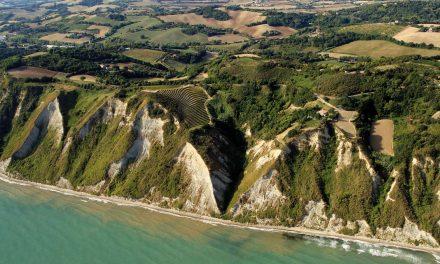 Vacanza nella riviera adriatica, itinerari nel Parco del Monte San Bartolo a Gabicce