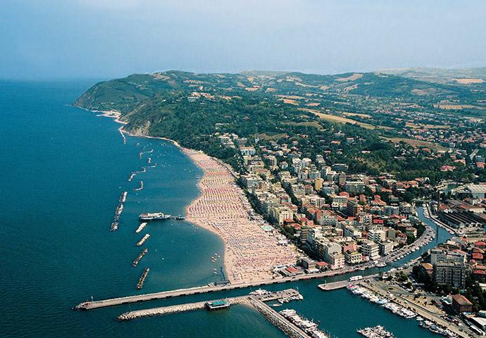 Scorcio di Gabicce Mare nella riviera adriatica