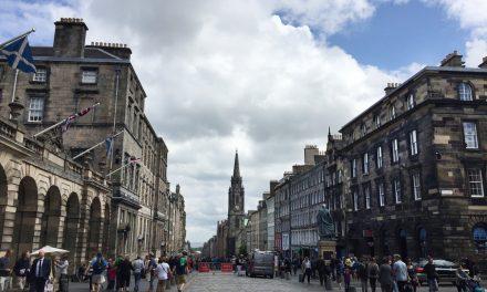 Royal Mile, guida per conoscere la strada della Old Town di Edimburgo che collega il Castello a Holyrood Palace