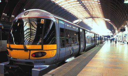 London Heathrow, guida ai collegamenti dall'aeroporto per raggiungere il centro della capitale inglese ed acquisto online dei biglietti