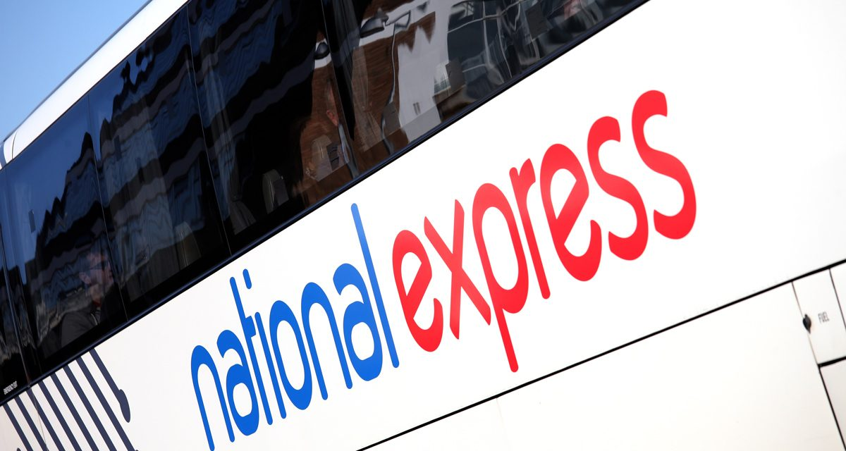 Aeroporto di London Stansted, come arrivare in centro a Londra con l'autobus National Express ed il treno Stansted Express
