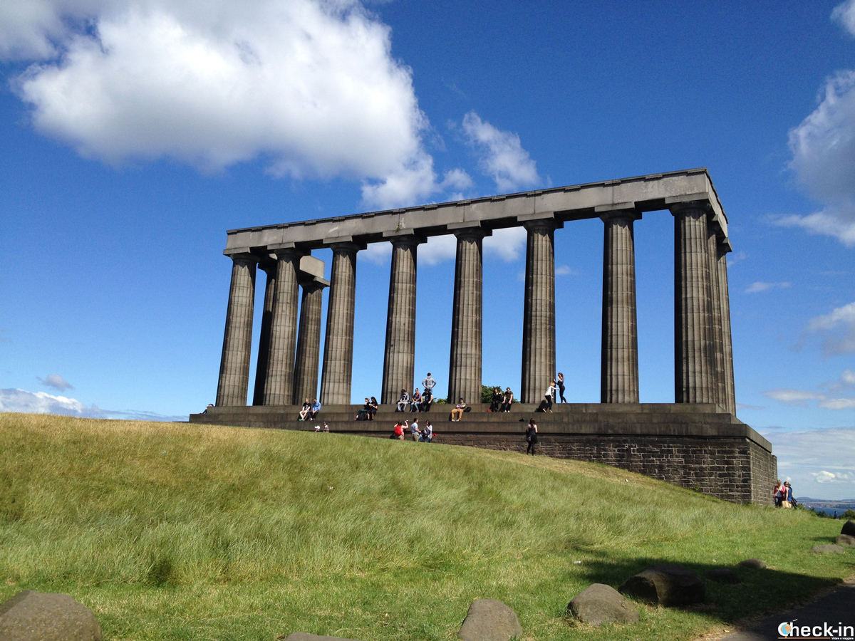 Il National Monument a Calton Hill, Edimburgo