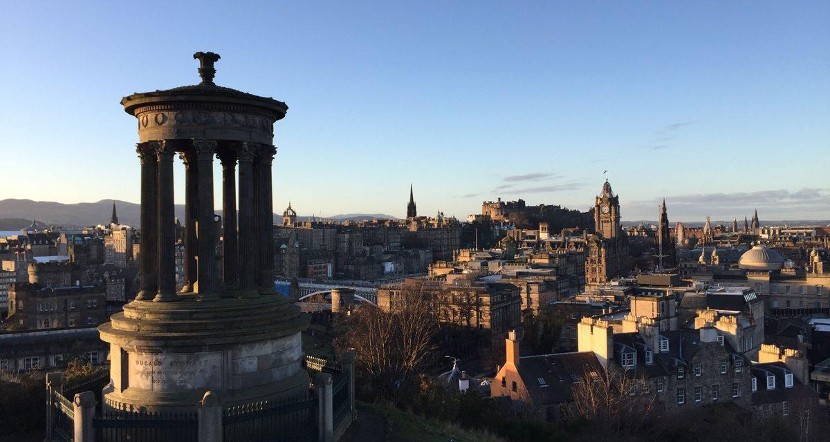 Calton Hill, i monumenti da non perdere della collina vulcanica nella New Town di Edimburgo