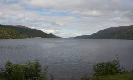 Loch Ness, tour di un giorno da Edimburgo in italiano per incontrare il leggendario mostro Nessie