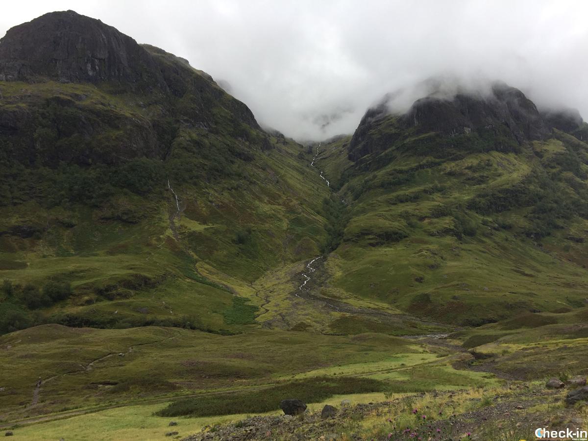 Tour in italiano da Edimburgo a Loch Ness: tappa imperdibile a Glencoe, nel cuore delle Highlands