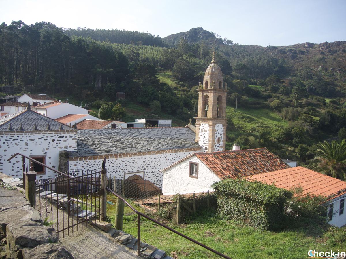 Panorama de San Andrés de Teixido en Galicia, España
