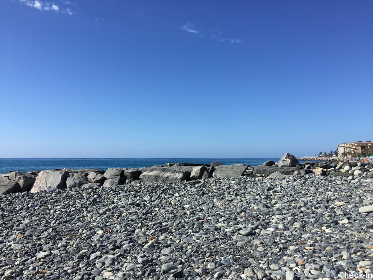 Spiaggia S. Sebastiano a Cogoleto (GE), Liguria