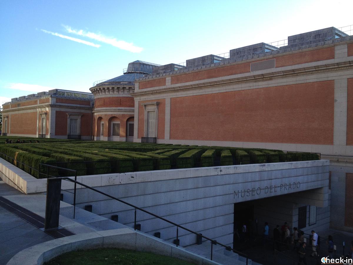 Entrata al museo del Prado di Madrid (Paseo del arte)