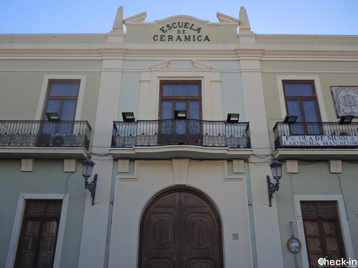 La vecchia scuola di ceramica di Manises - Valencia, Spagna