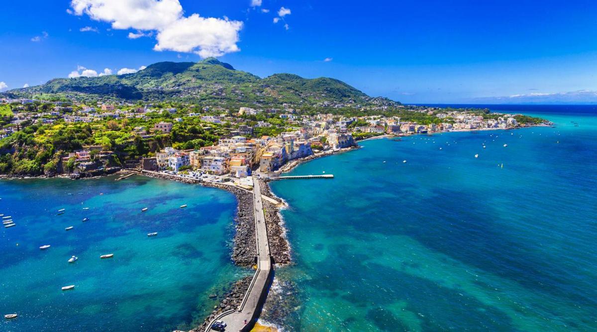 Panorama dell'isola di Ischia