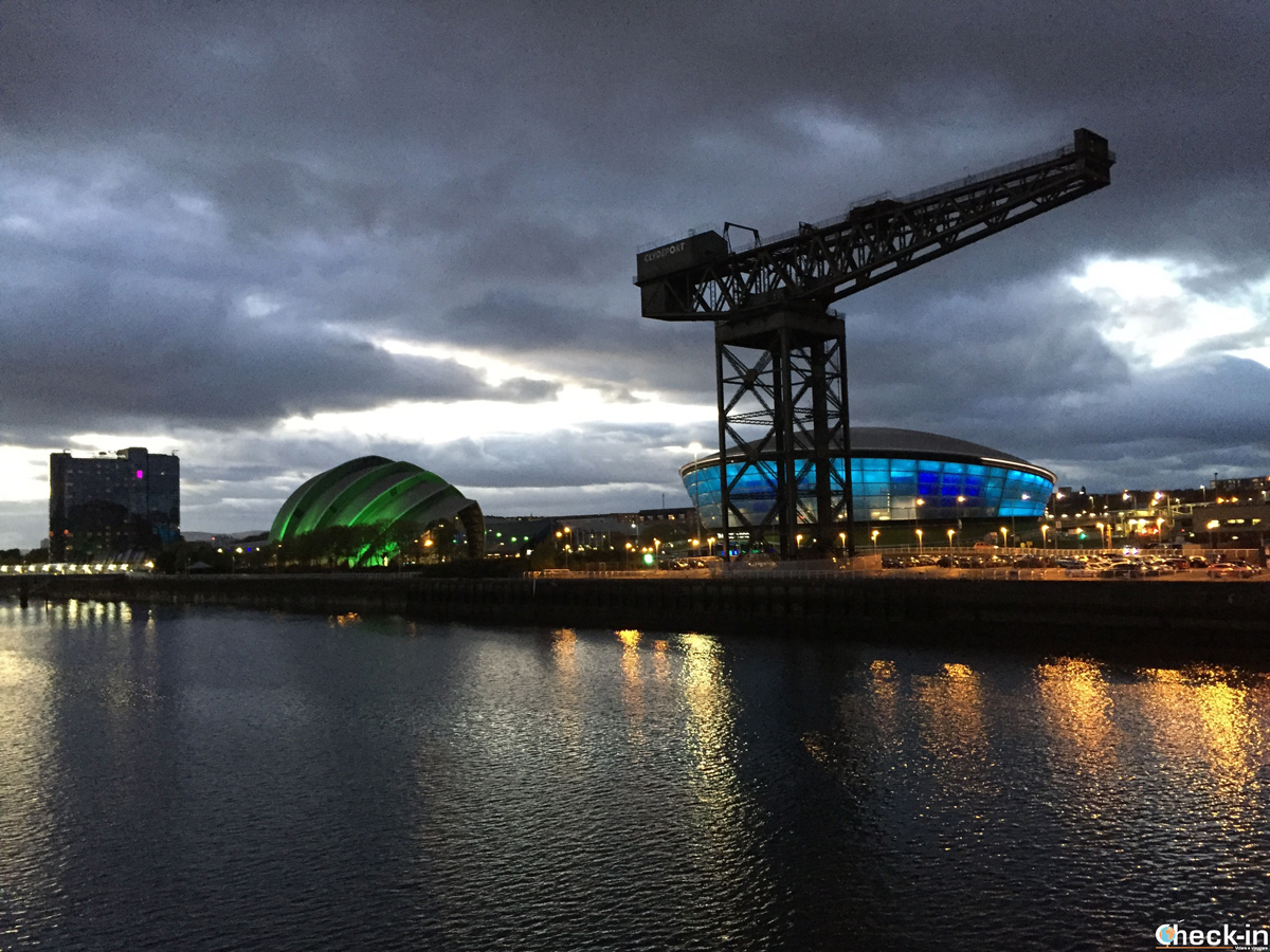 L'Armadillo e The Hydro sul lungofime Clyde nel West End di Glasgow