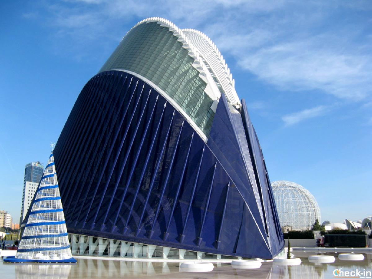 L'Ágora, l'edificio più giovane tra quelli della CIttà delle Arti e delle Scienze di Valencia