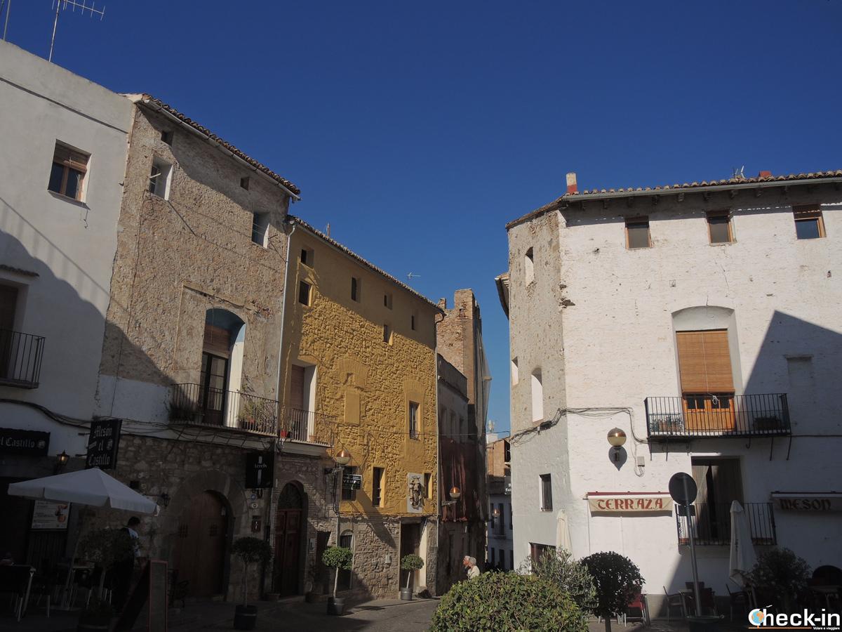 Scorcio di calle del Castillo a Sagunto, Spagna