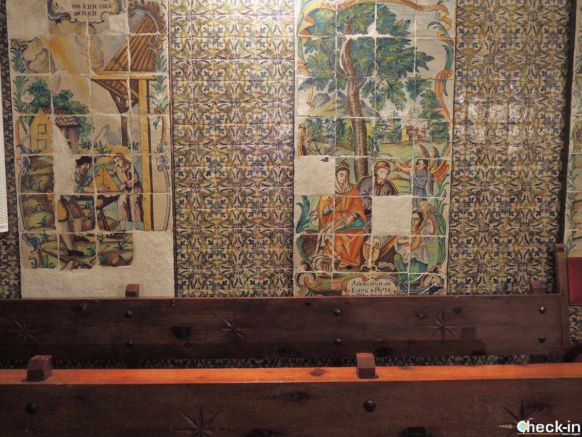 Decorazioni in ceramica nel Monasterio di S. María a El Puig