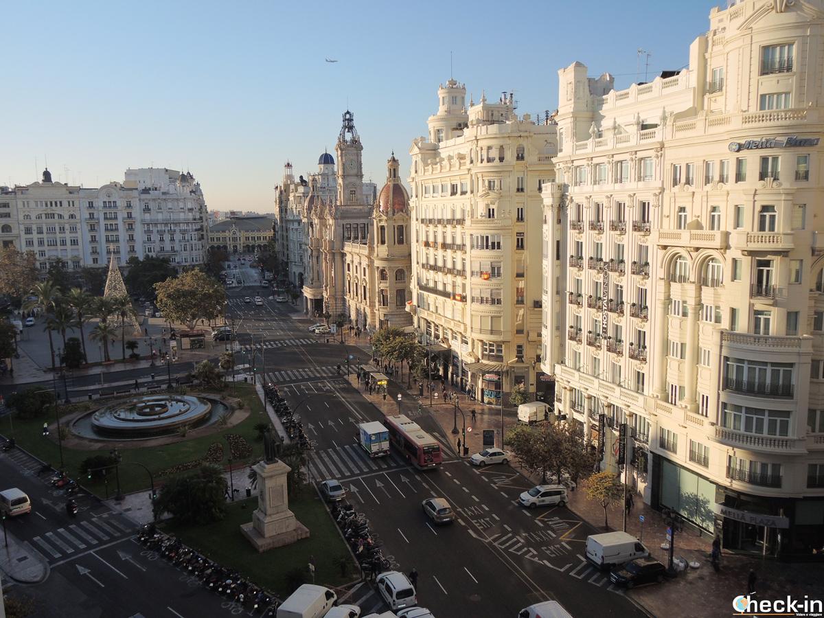 La Plaza del Ayuntamiento di Valencia (Spagna)
