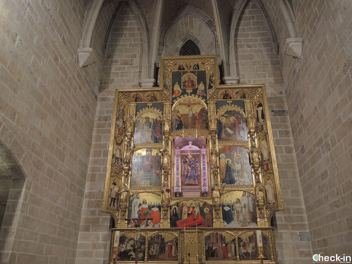 Dettagli della Chiesa del Real Monasterio del Puig - Valencia, Spagna