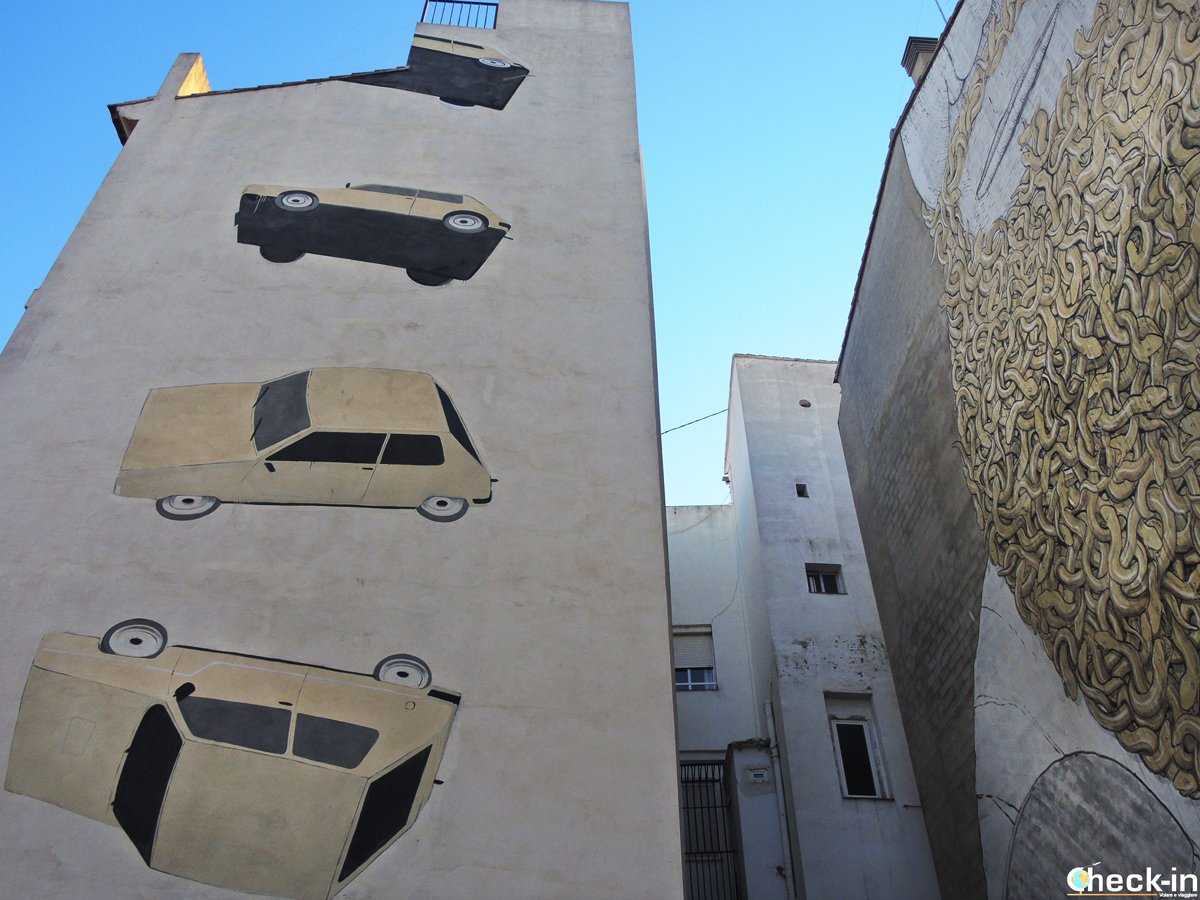 Street Art in Plaza del Tossal a Valencia (Spagna)