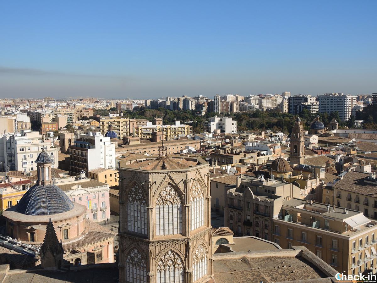 Panorama di Valencia dalla cima del Miguelete
