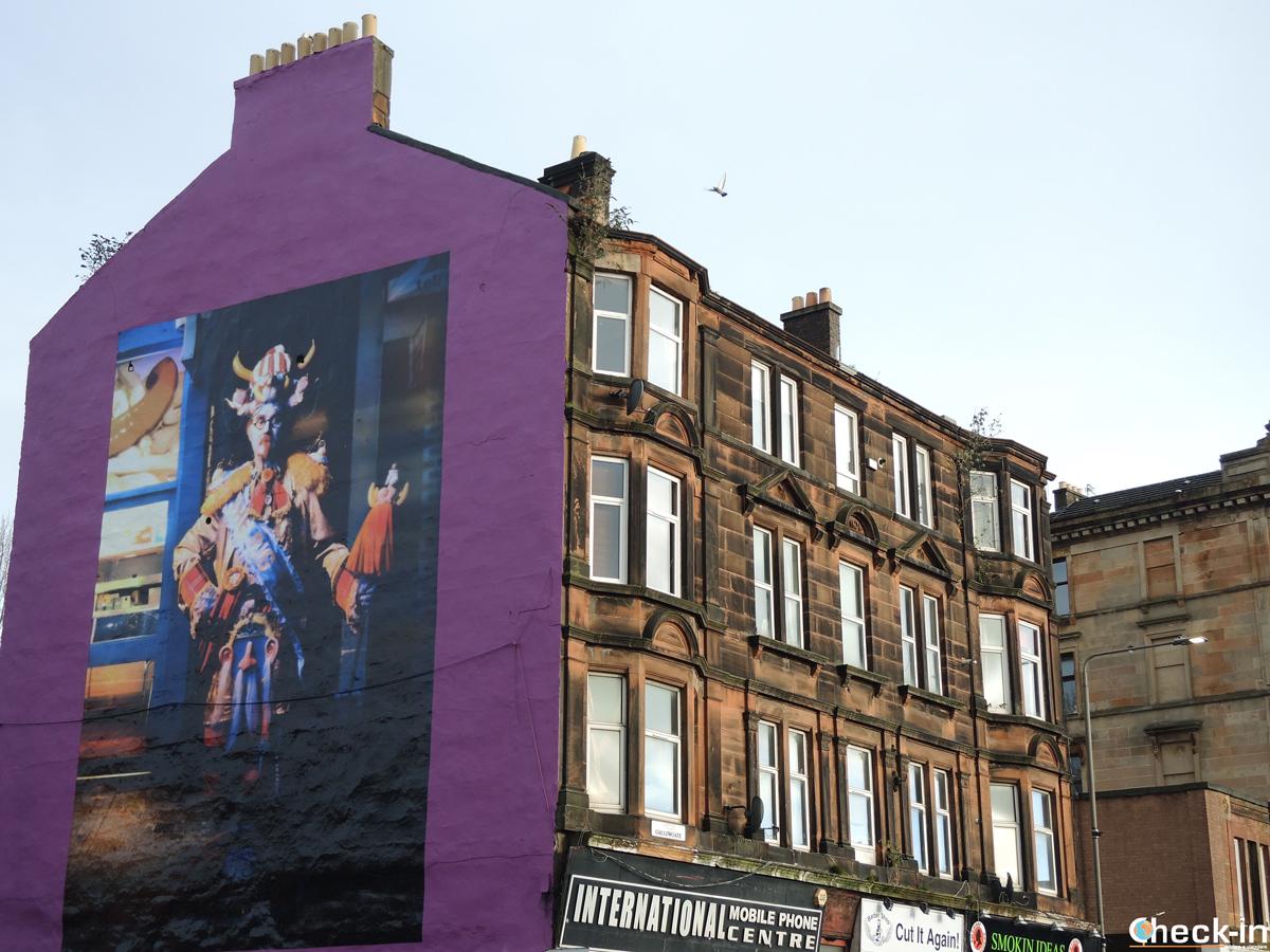 Murales dedicato a Billy Connolly nell'East End di Glasgow (Scozia)