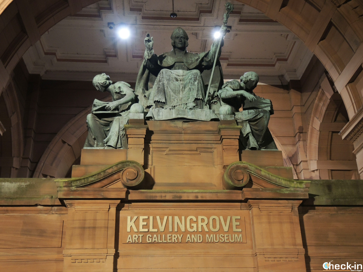 Entrata al Kelvingrove Art Gallery and Museum di Glasgow
